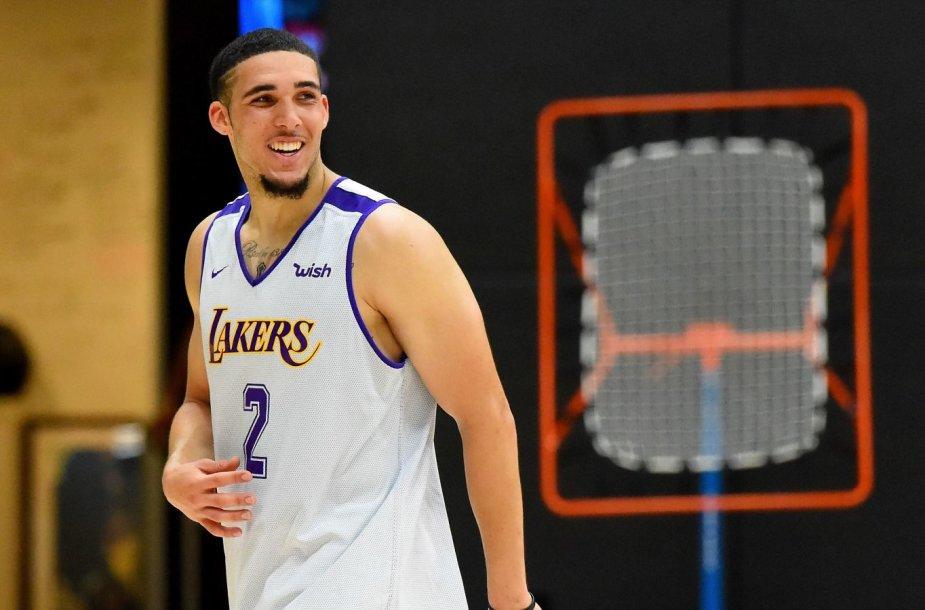 """LiAngelo Ballas pasirodė """"Los Angeles Lakers"""" pratybose."""