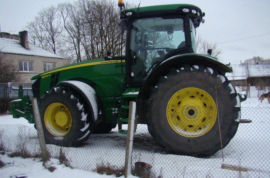 Dyzelinas vogtas iš šio traktoriaus
