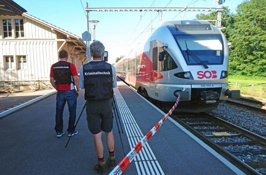 Šveicarijos traukinyje siautėjo ginkluotas vyras