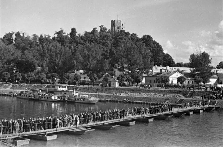Pontoninis tiltas Vilniuje 1950 m.