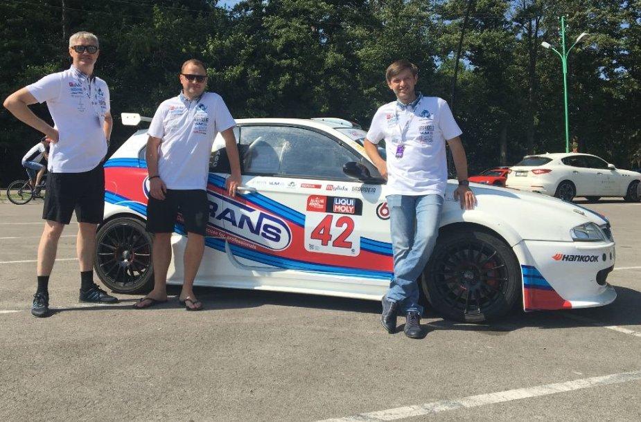 """Autosporto padangėje susikūrė nauja komanda """"Intrans-Autoralis Racing"""""""