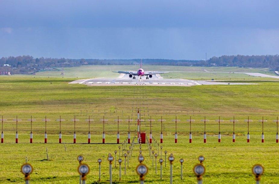 Vilniaus oro uosto kilimo takas
