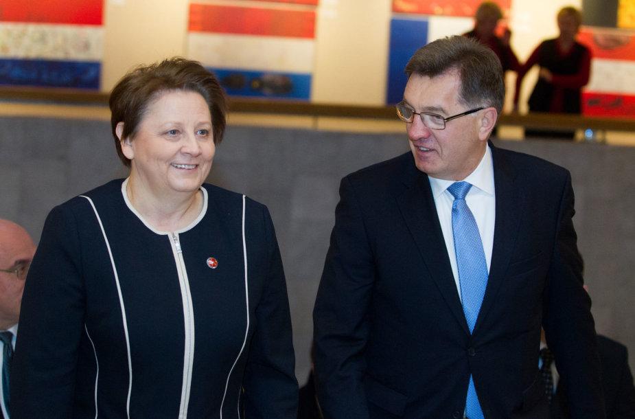 Latvijos premjerė Laimdota Straujuma ir Algirdas Butkevičius