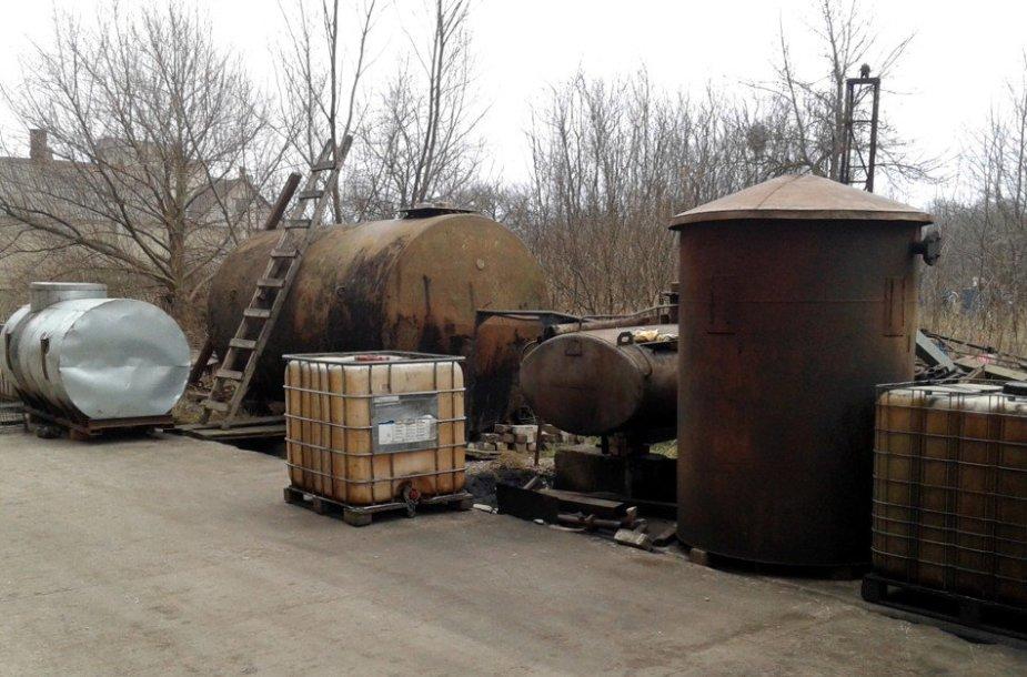 Nelegalus degalų fabrikas