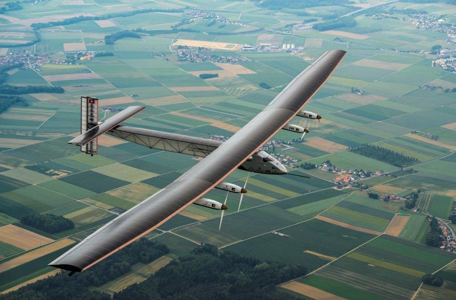 Pirmasis naujojo Solar Impulse skrydis