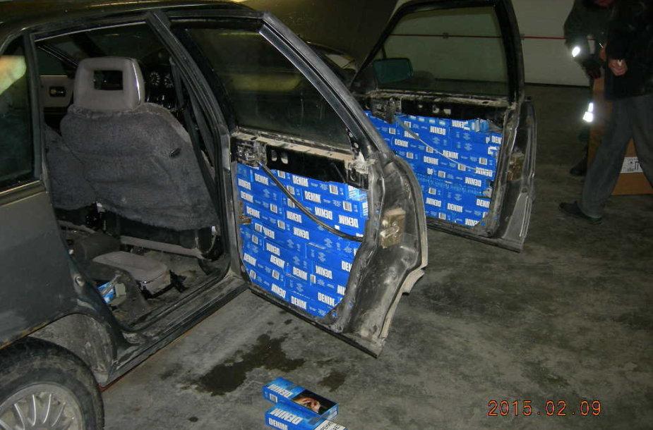 Kybartuose muitininkai konfiskavo daug cigarečių