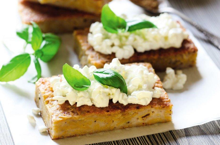 Jogurtinė pusryčių  duonelė  su varške