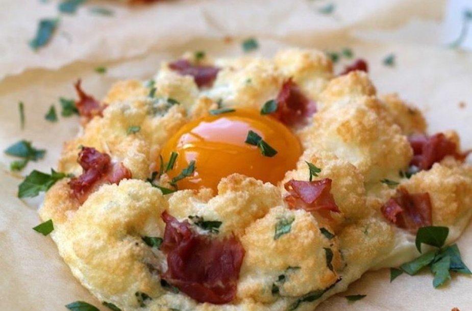 Orkaitėje kepti purūs kiaušiniai
