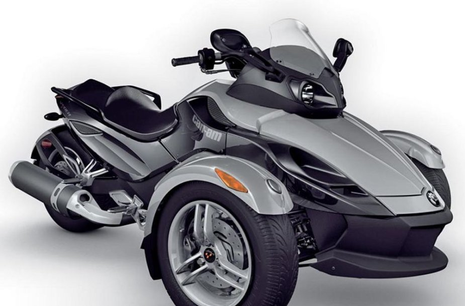 """Can-Am Spyder TR"" triratis"