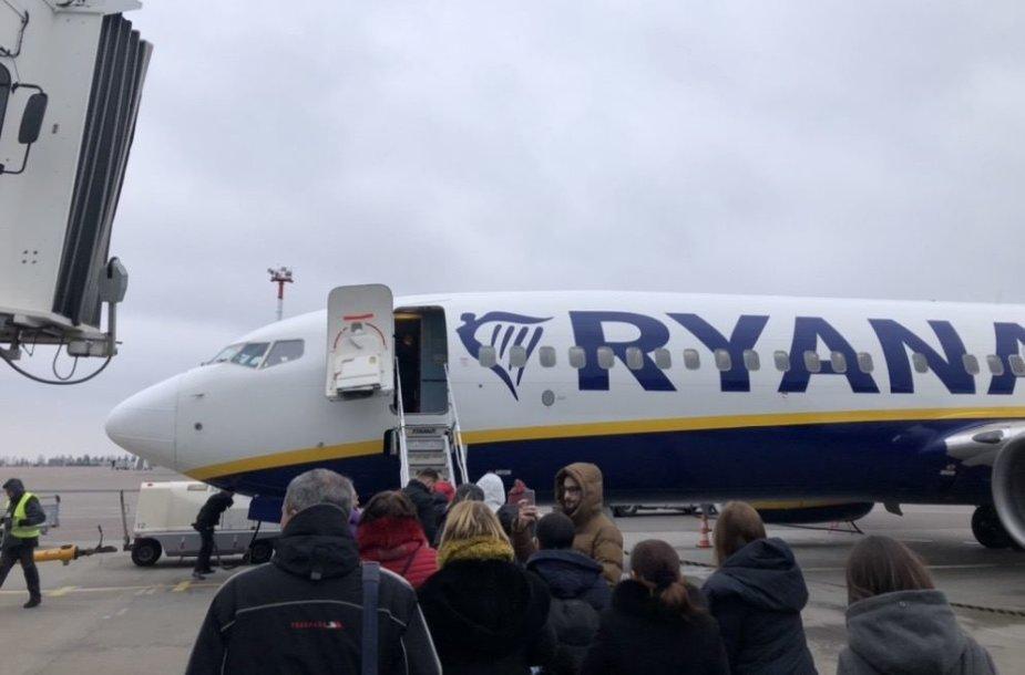 """""""Ryanair"""" skrydis iš Vilniaus į Kijevą"""
