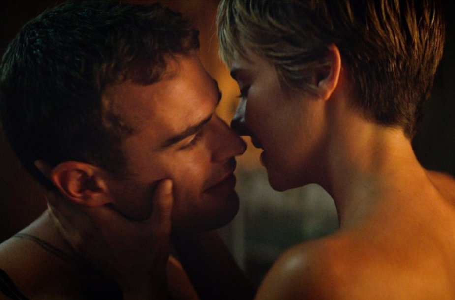 "Theo Jamesas ir Shailene Woodley filme ""Insurgentė"""