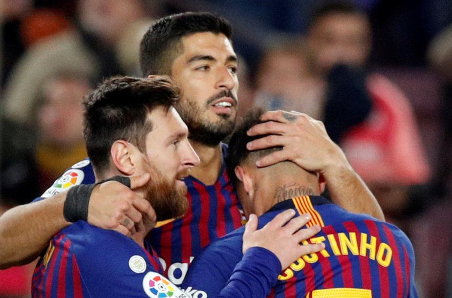 Lionelis Messi džiaugiasi dar vienu įvarčiu.