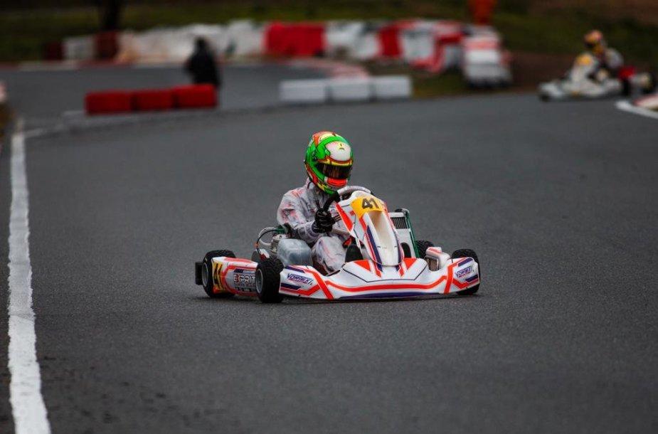 Kajus Šikšnelis Pasaulio kartingo čempionate
