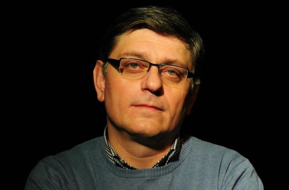Režisierius Andro Enukidzė