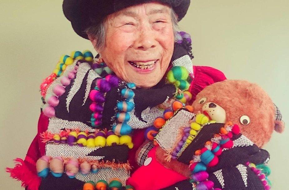 Močiutė Emiko