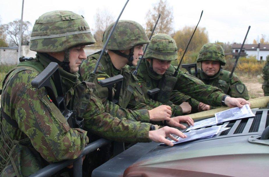 Birutės bataliono kariai