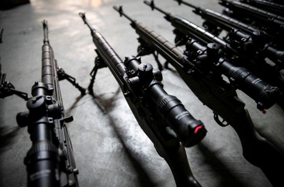 Kariuomenė iš gyventojų paramos modernizavo amerikietiškus M-14 šautuvus