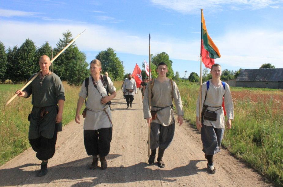 Penkių piliakalnių pėsčiųjų žygis Žemaitijoje