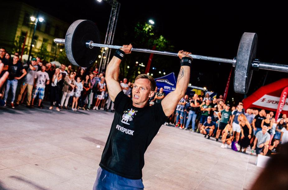 """Vilnius Fitness Challenge"""