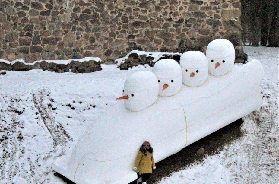 Dobelės sniego vyrai