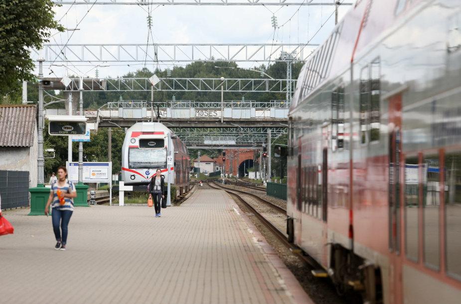 Ekskursija geležinkelio stotyje