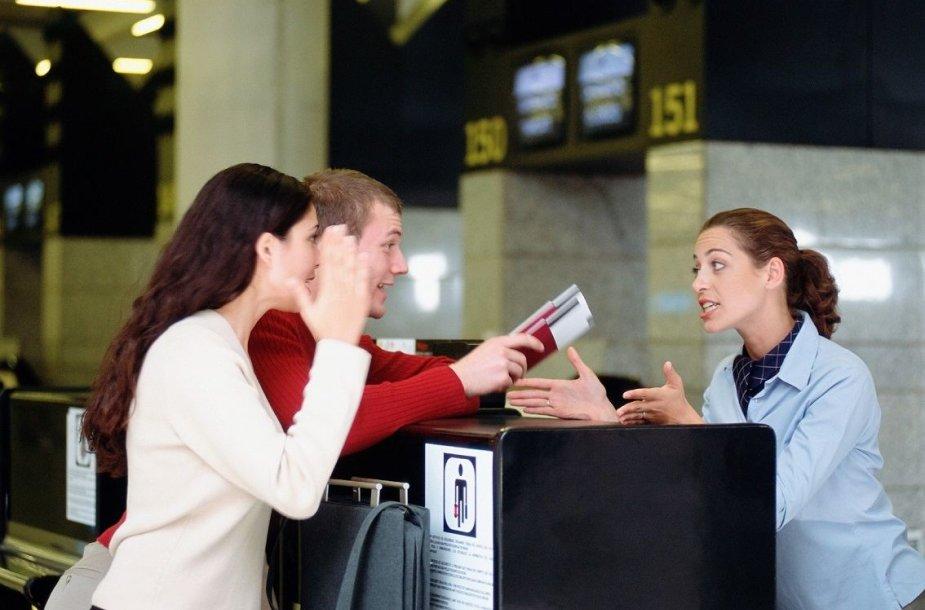 Oro linijomis nusivylę keleiviai