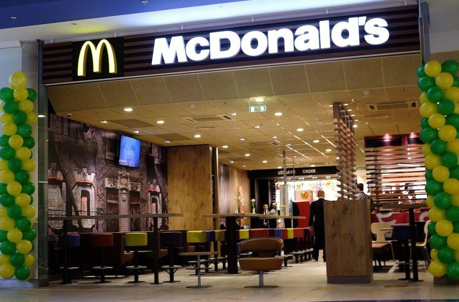 """""""McDonald's"""" restoranas prekybos centre """"Panorama"""""""