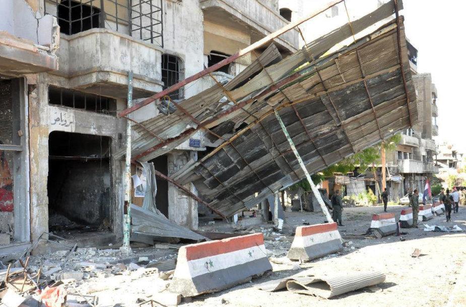 Sprogdinimai Sirijoje nusinešė mažiausiai 38 žmonių gyvybę