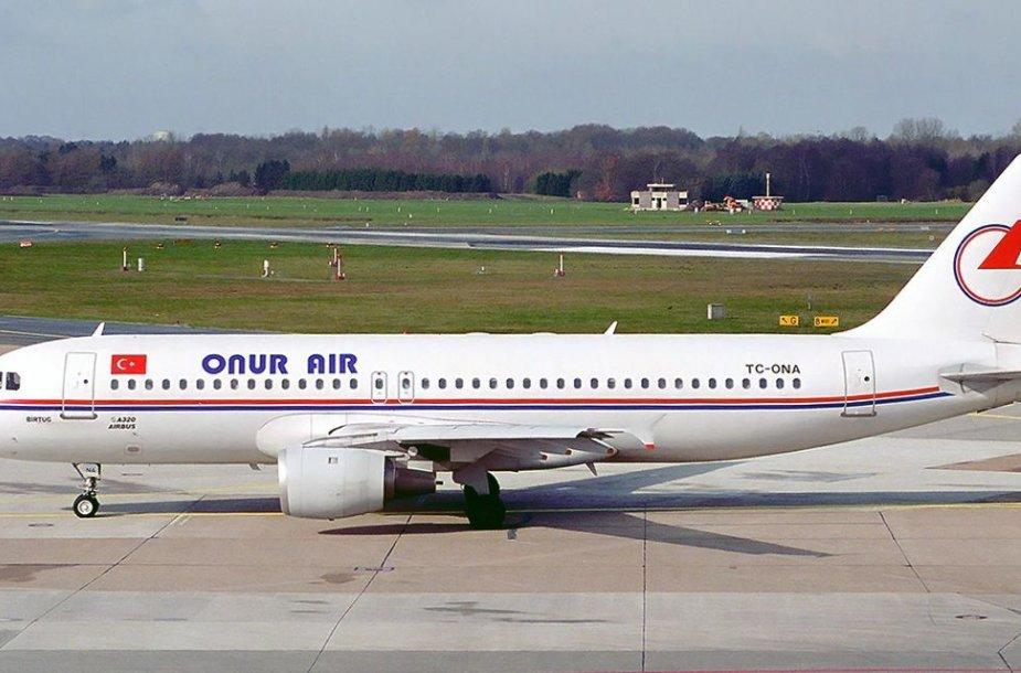 """Oro linijų """"Onur Air"""" lėktuvas"""