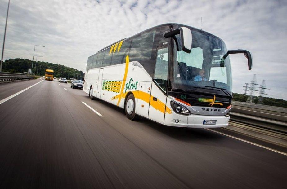 Tarpmiestinis autobusas