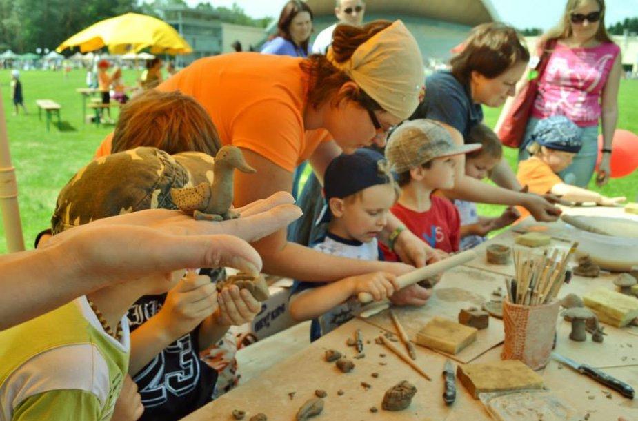 Vaikų šventė Vingio parke