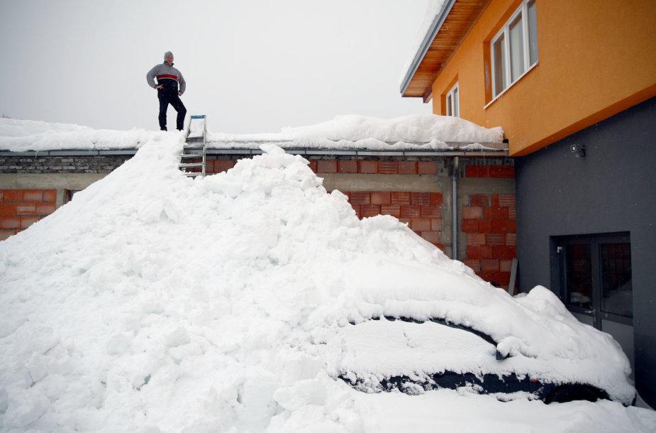 Gausus sniegas Austrijoje