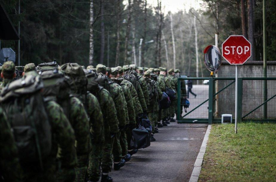 Gruodį kariuomenę papildys didžiausia šiemet šauktinių grupė.