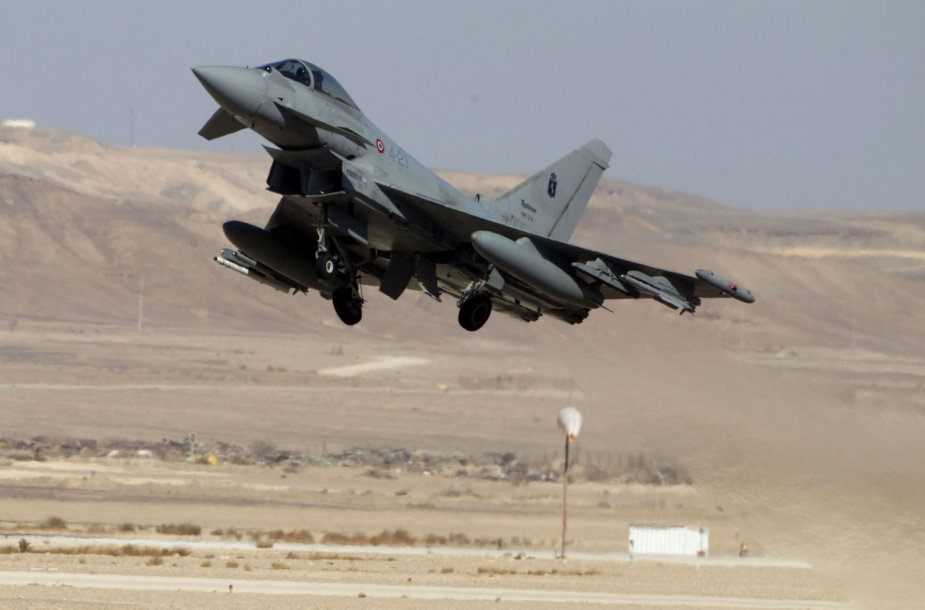 """Italijos naikintuvas """"Eurofighter"""""""