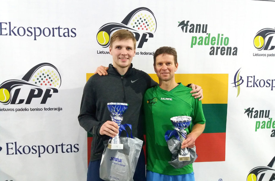 Padelio žiemos sezono nugalėtojais tapo kauniečiai Luidži Pakula ir Skirmantas Mačinskas.