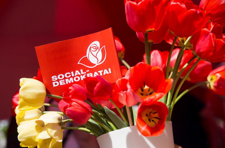 LSDP ir profesinių sąjungų švenčiama Tarptautinė darbo diena