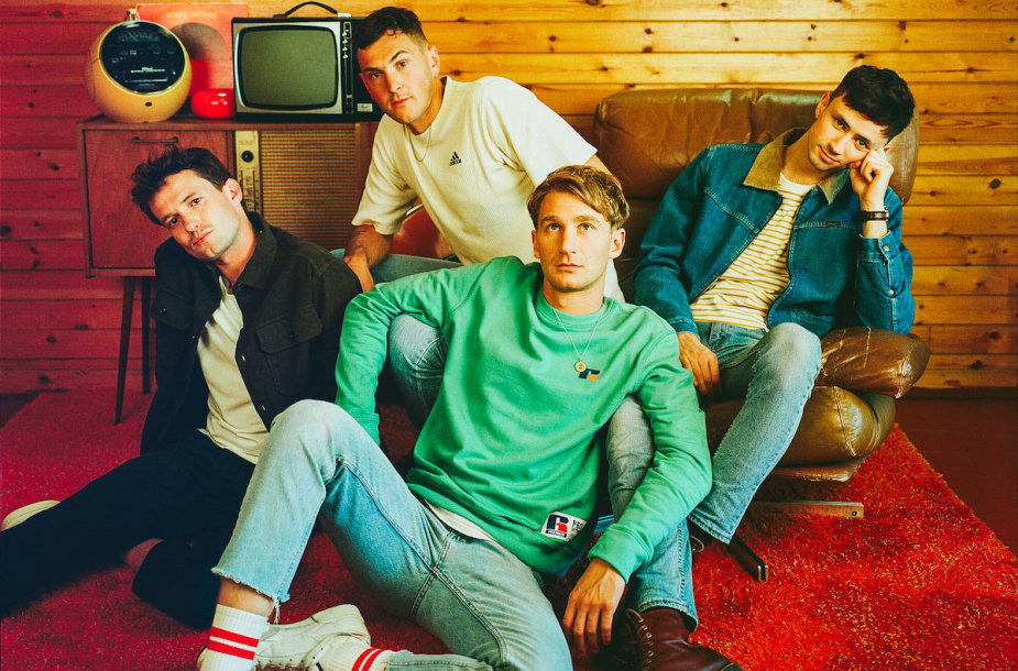 "Grupė ""Glass Animals"""