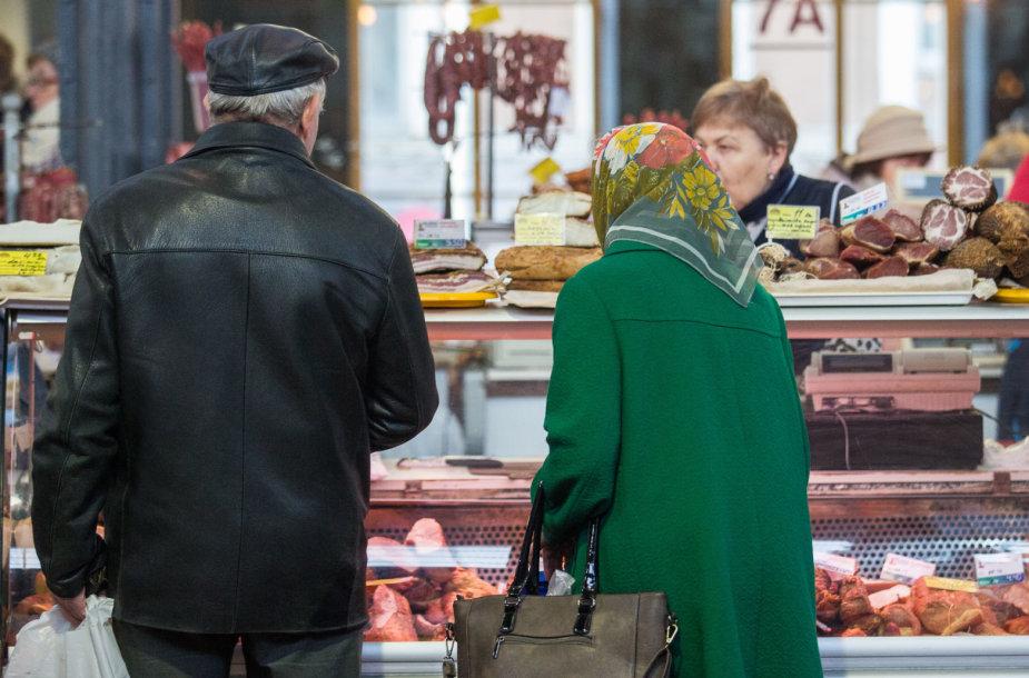 VMI čekių loterijos spaudos konferencija Halės turguje
