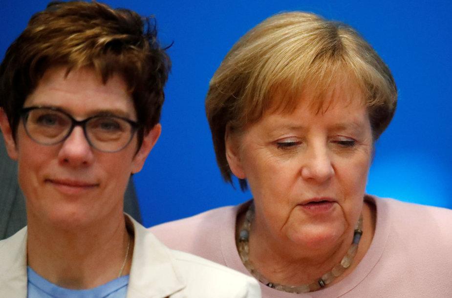 Angela Merkel (dešinėje) ir Annegret Kramp-Karrenbauer