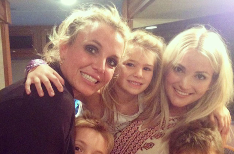 Britney Spears ir jos sesuo Jamie Lynn Spears su vaikais