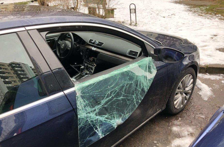 Apvogtas automobilis