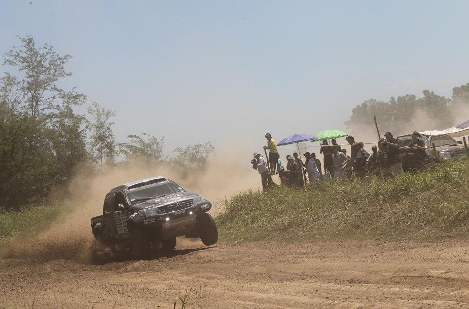 Dakaro maratonas: pirmas greičio ruožas