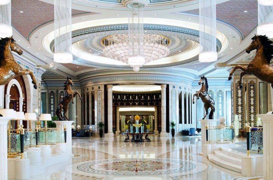 """""""Ritz-Carlton"""" viešbutis Rijade"""