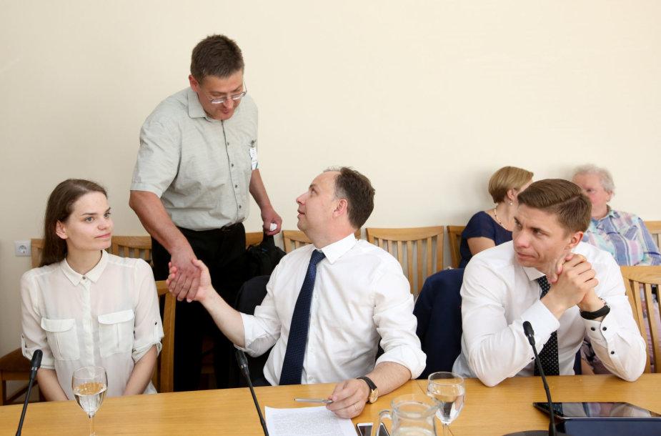 Seime - pasitarimas dėl sąlygų mokykloje per karščius