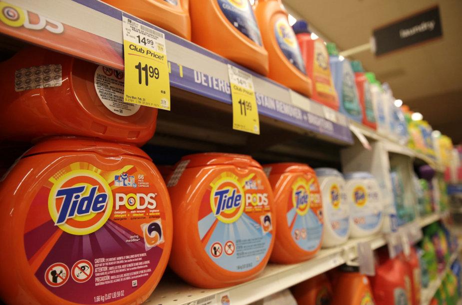 """""""Tide Pods"""" skalbimo kapsulės"""