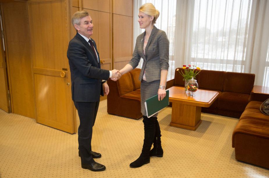Viktoras  Pranckietis ir Laura Matjošaitytė