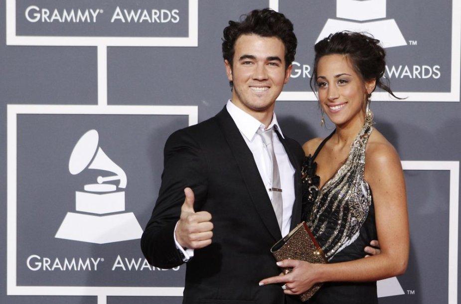 Kevinas Jonas su žmona Danielle