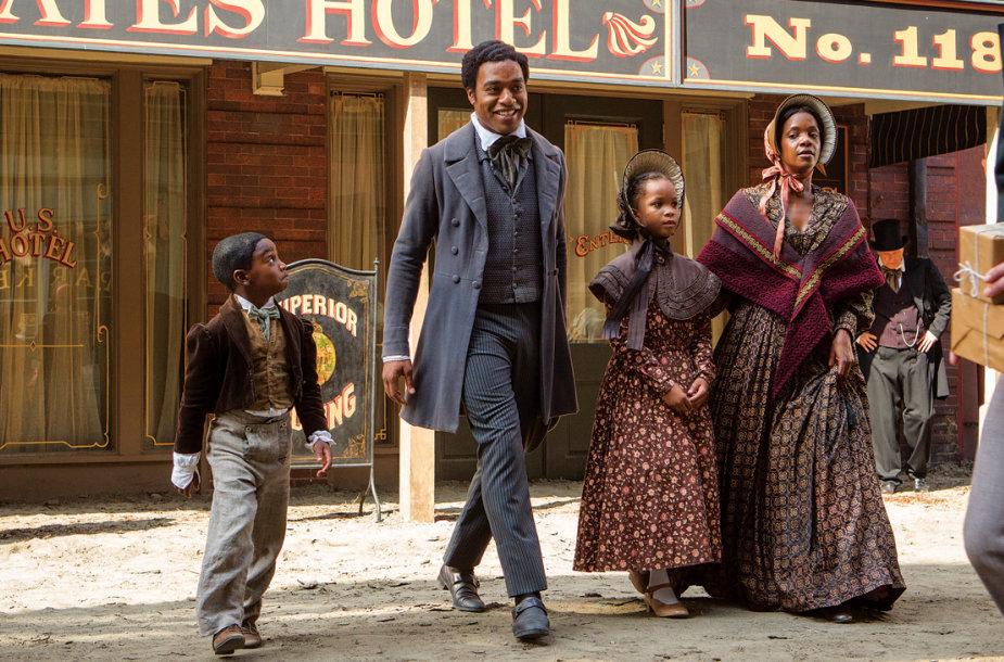 """Filmo """"12 vergovės metų"""" akimirka"""