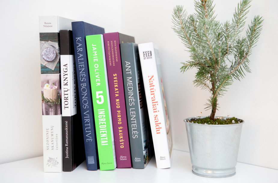 Receptų ir gastronomijai skirtos knygos