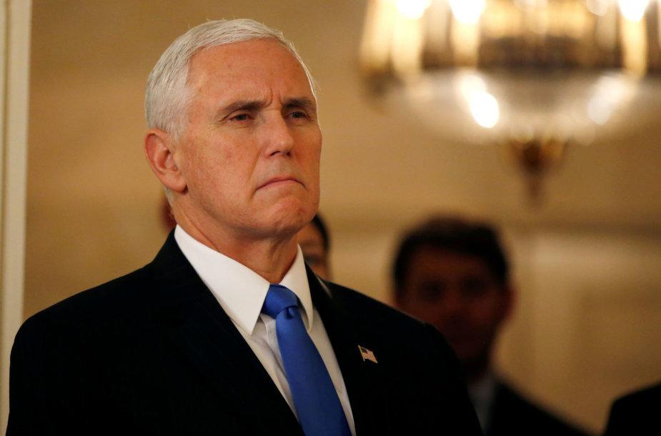 JAV viceprezidentas Mike'as Pence'as Pietų Korėjoje